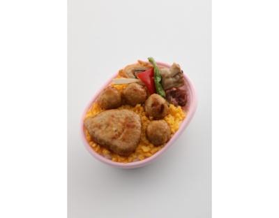 鳥麻の「にゃらん肉球弁当 」(750円)