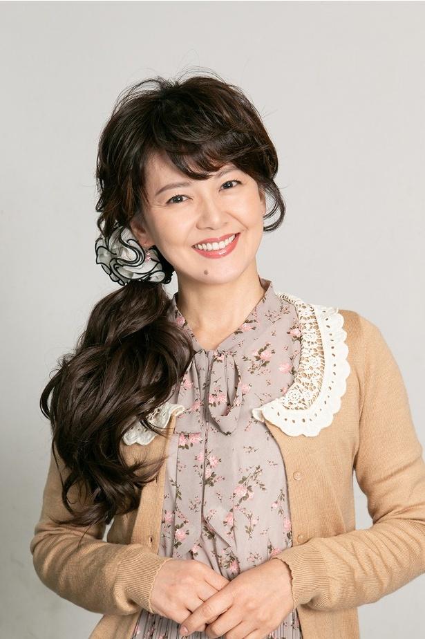 夢のために実家を売ろうとテーコー不動産を訪れる棟方幸子役の南野陽子