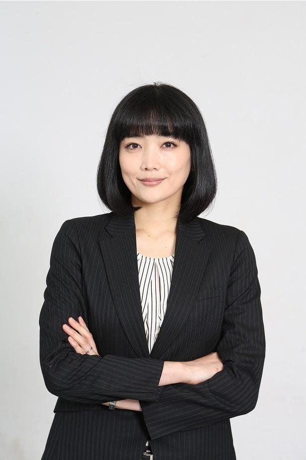 バリキャリ女子・朝倉雅美役の佐藤江梨子