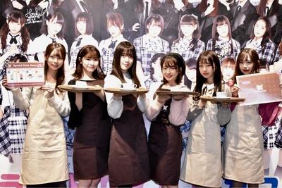 (写真左から)篠原望さん、石川夏海さん、間島和奏さん、長月翠さん、町田穂花さん、畑美紗起さん