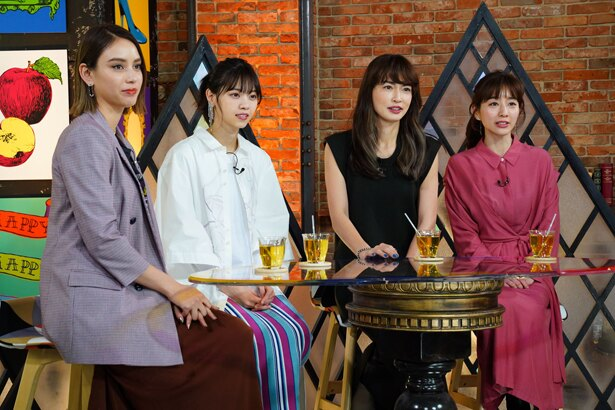 滝沢カレン、西野七瀬、長谷川京子、田中みな実(写真左から)がMCを務める