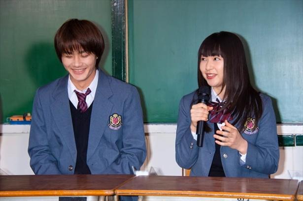 「僕の初恋をキミに捧ぐ」野村周平と桜井日奈子