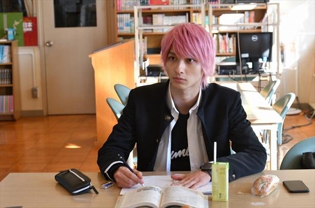 「初めて恋をした日に読む話」第5話シーンより (C)TBS