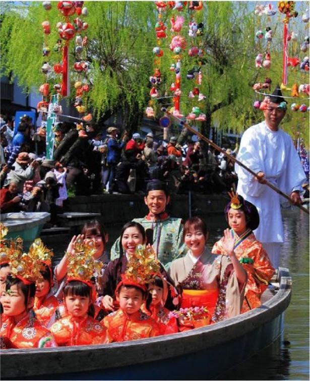 """柳川雛祭り""""さげもんめぐり"""" / きらびやかな水上パレードは必見"""