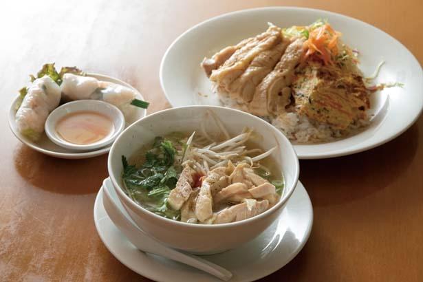 日替わりランチ(890円)。月に数回作るベトナム屋台蒸し鶏は特に人気/コムベトナム