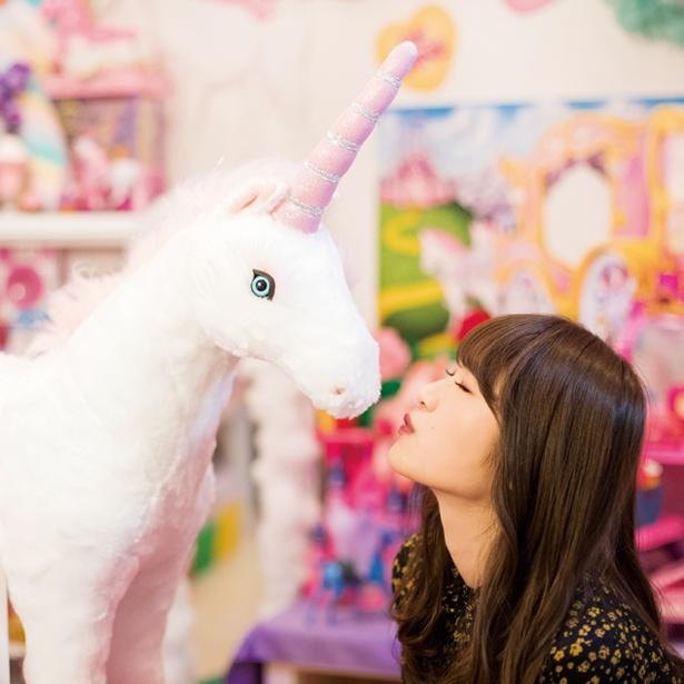 こちらも人気連載だった「渋谷凪咲の#かわいい関西」では未公開カットを掲載!