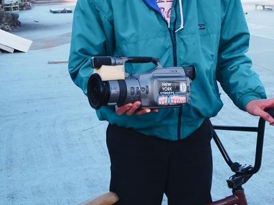 1995年にSONYから発売されたカメラ「VX-1000」