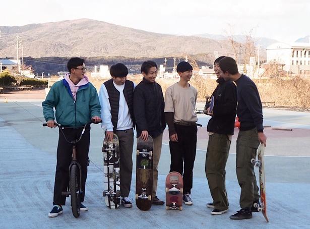 """【写真を見る】「""""スポーツっぽくない""""のが魅力」。スケーターが語る、スケボーの面白さって?"""