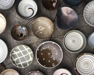 小石原焼陶器組合青年部~まめ皿展~ / まめ皿の絵付け体験ができる