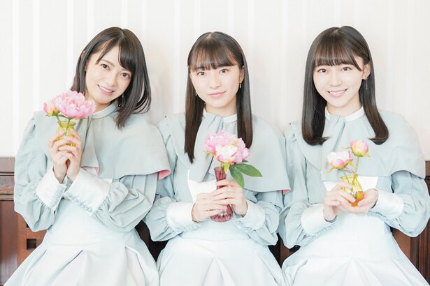 STU48のグループ内ユニット「とろみちゅこっこ」の3人。左から、田中皓子、今村美月、土路生(とろぶ)優里