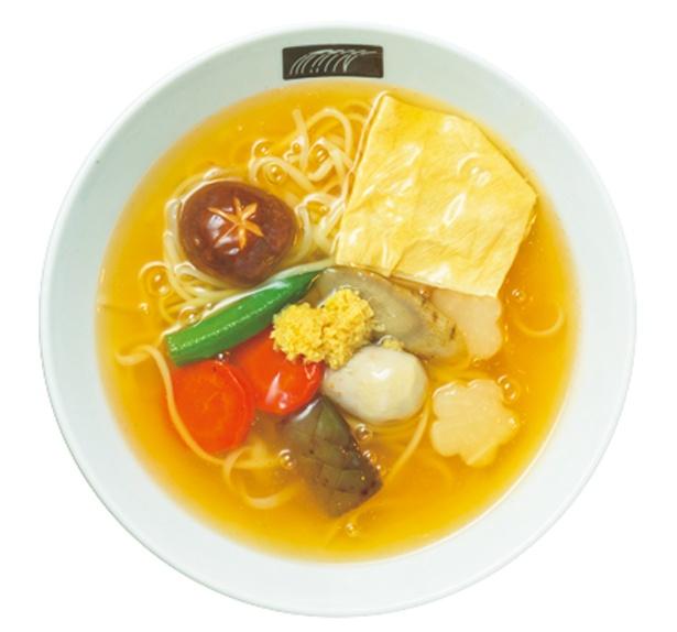 昆布・混合節ダシ×生姜を使ったTHE Kyotoうどん(1200円、数量限定)/UDON MAIN