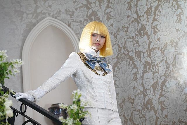 【写真を見る】美しい!二階堂ふみの少年スタイル