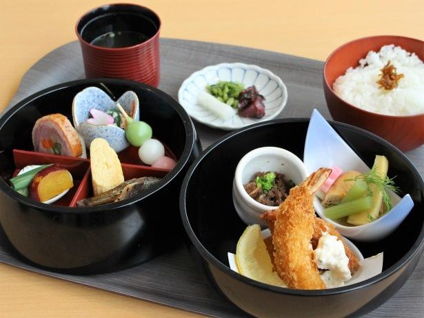 おすすめの「近江弁当」1,080円。近江牛のしぐれ煮やもろこの佃煮など旬のおばんざいにご飯、漬物、みそ汁のセット