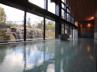 湯上がりはお肌ツルツル!かけ流しの美肌の湯 / 宗像王丸・天然温泉やまつばさ
