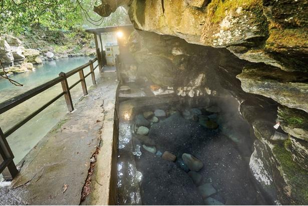 300年の歴史を誇る 風情ある大分の秘湯 / 壁湯天然洞窟温泉 旅館 福元屋