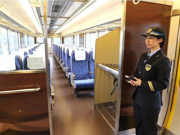 JR西日本・新快速に有料座席サービス「Aシート」導入! 快適性を高めた ...