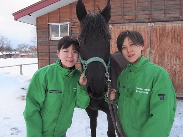 馬のお姉さんが馬の魅力をたっぷりと紹介してくれる