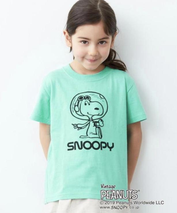 green label relaxingの「別注 PEANUTSASTRO Tシャツ(ライム)」(3024円)※サイズは100〜130cm