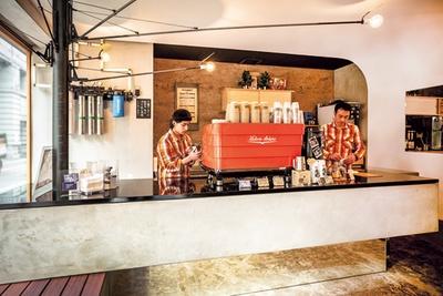 コーヒー豆が埋まった壁など随所に遊び心が/三富センター