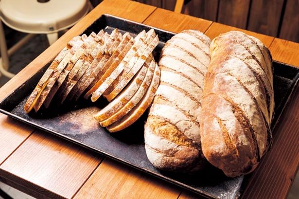 ライ麦全粒粉で作る自家製カンパーニュ/Hi! SandWich