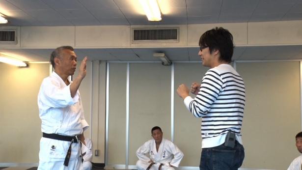 【写真を見る】石井和義館長に一日密着! 人生相談の結果とは?