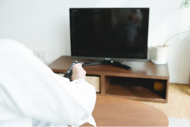 """【写真】""""来客中のテレビつけっぱなし""""はアウトorセーフ?"""