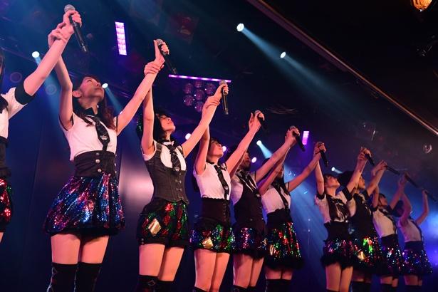 AKB48劇場でのチームB「シアターの女神」公演の様子(2)