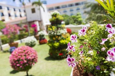 アリビラ パティオフェスティバル / 「ホテル日航アリビラ-ヨミタンリゾート沖縄-」にて開催
