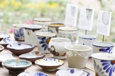 アリビラ パティオフェスティバル / 沖縄県内で活躍するやちむん(沖縄の陶器)作家の作品が購入できる「やちむんマルシェ」