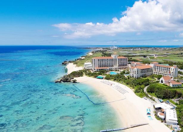 ホテル日航アリビラ-ヨミタンリゾート沖縄- / 外観の様子