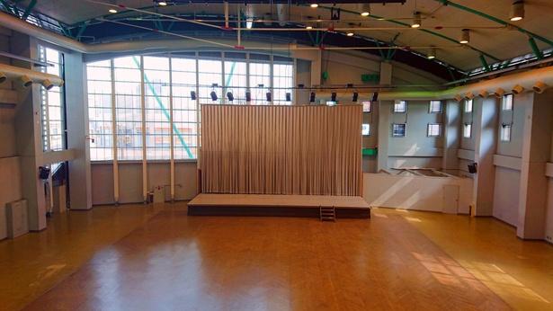 「唐津市ふるさと会館アルピノ」に併設されたアルピノホール