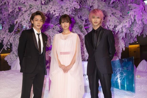 「初めて恋をした日に読む話」会見より 左から中村倫也、深田恭子、横浜流星