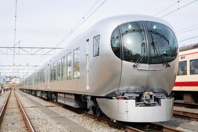 2019年に西武鉄道の3代目特急車両としてデビューする001系「Laview」
