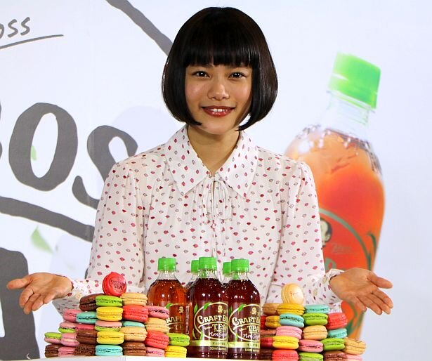 サントリー新商品「クラフトボスTEA ノンシュガー」の新テレビCM発表会に出席した杉咲花