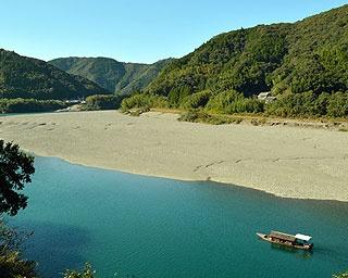 5年連続で水質日本一を誇る、奇跡の清流「仁淀川(によどがわ)」