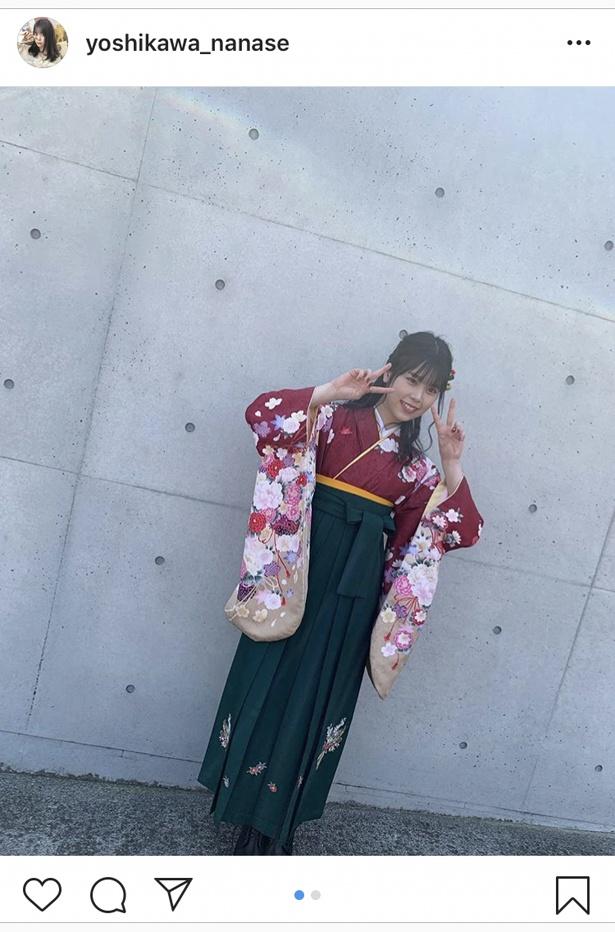 「ちなみにこの袴はパンフレットをパラパラみて10秒くらいで決めました 一目惚れ!」と明かした