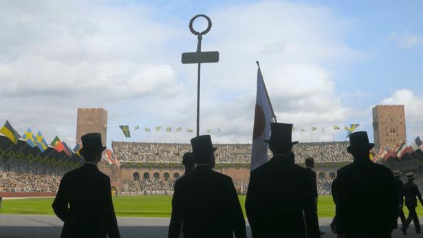 オリンピック開会式に、日本が初めて立つ