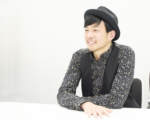 「音楽が聞こえるような小説を書きたい」と語るKURO