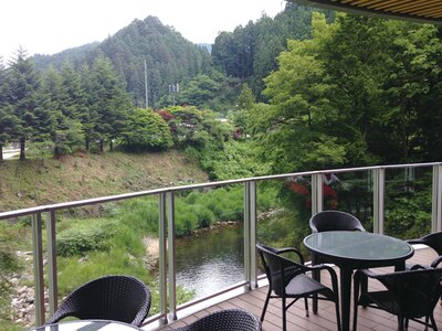 茶臼山を眺めながらのんびり / 道の駅 豊根 グリーンポート宮嶋