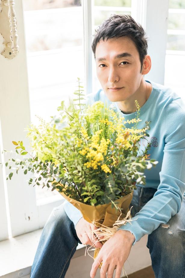 春らしく花束を抱えて。ファンミーティングでの感慨を告白!