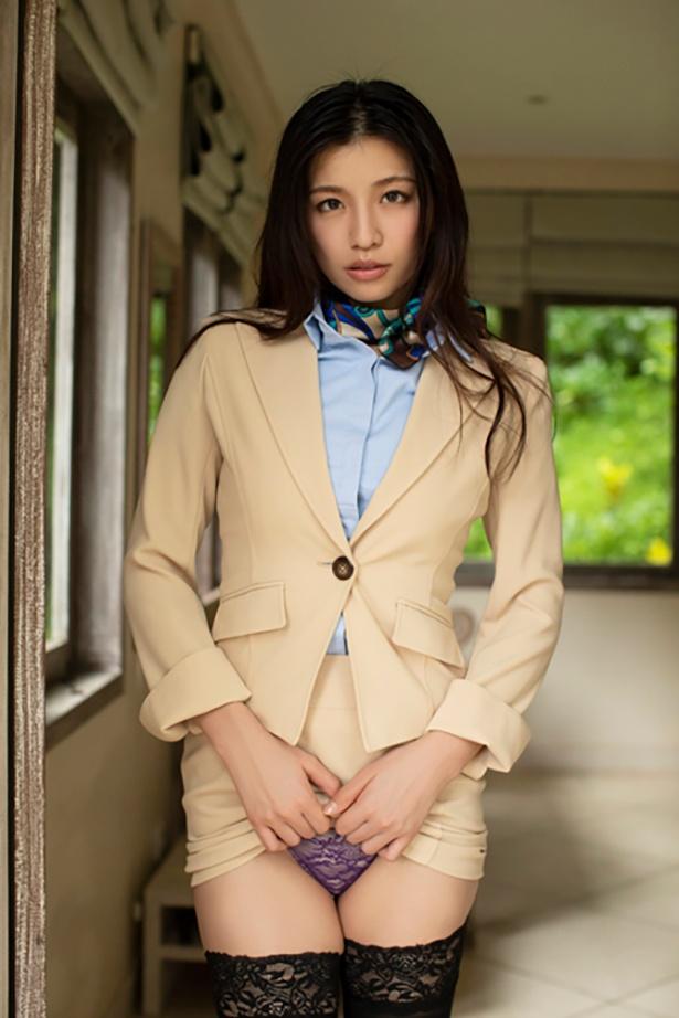 佐野マリア2nd DVD「マリアに恋して」(ギルド)より
