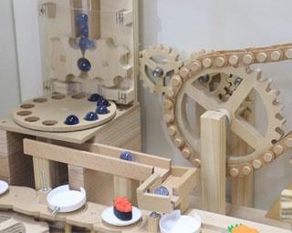 ビー玉の動きに注目!佐賀県立宇宙科学館ゆめぎんがで「ビーコロ2019」開催中
