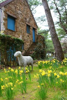 絵本に出てきそうな風景が広がる英国式庭園