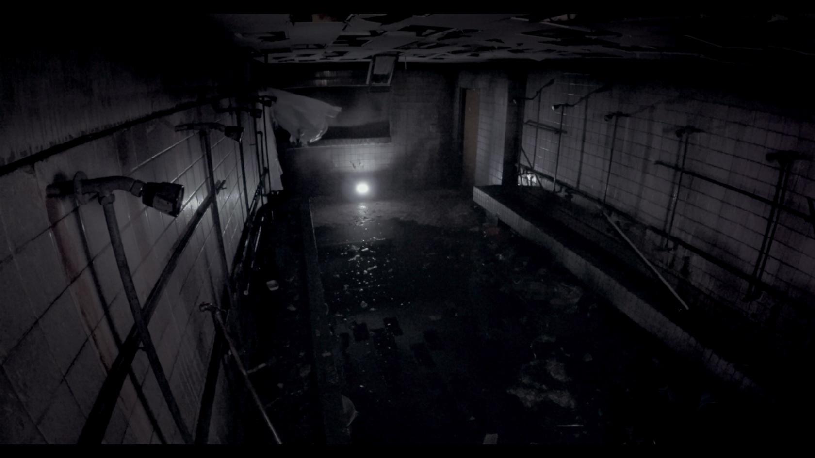【写真を見る】閲覧注意!最恐心霊スポットの内部にカメラが潜入<写真23枚>