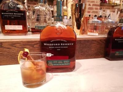 ライウイスキーはクラシックカクテルのベースとして世界的に親しまれるアメリカンウイスキーの一つ