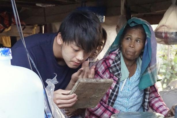 10年ぶりに復活する「世界ウルルン滞在記SP」 で竹内涼真がミャンマーにホームステイし、イルカと行う伝統漁に挑む
