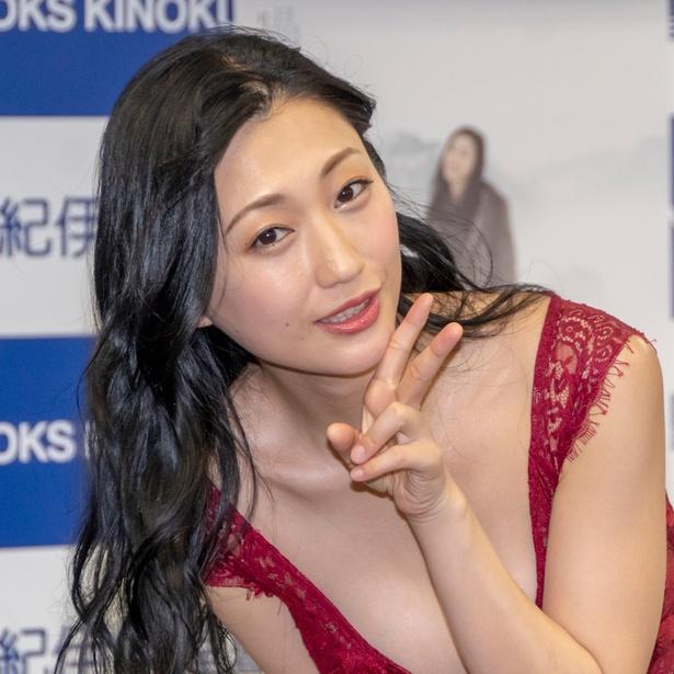 写真集発売イベントに登壇した壇蜜