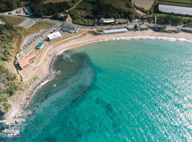 【写真を見る】PALM BEACH THE GARDENS / 美しい海をゆっくり眺めよう
