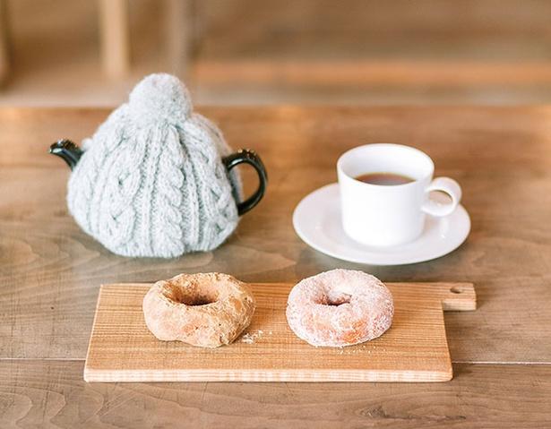 おやつと雑貨、くらすこと / 「ドーナツセット」(658円〜)。好きなドーナツ1個とドリンク。ドーナツはテイクアウトOK