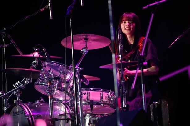 「乃木團」のドラムを担当した齋藤飛鳥